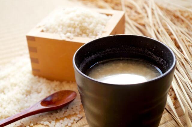 米麴でつくる甘酒