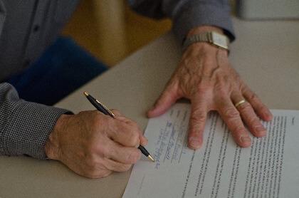 婚姻届の証人欄 証人になるリスクはあるの?などよくある質問をまとめてみた