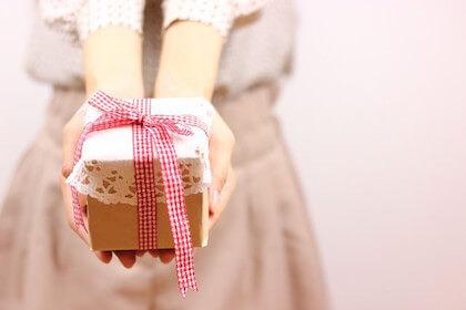 バレンタインチョコを渡す意味はなに?職場に義理チョコは絶対に必要?