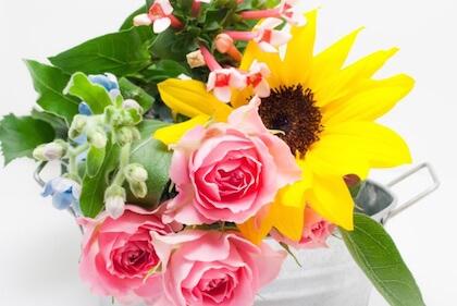 亡くなった父に父の日に贈る花のオススメは?バラは仏前だと避けるべき!?