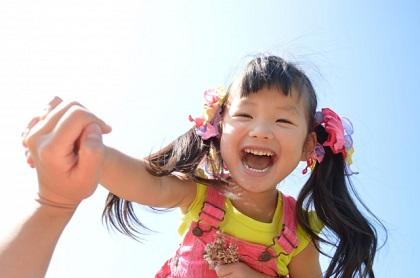 敬老の日のプレゼント 幼稚園に通う2歳の子供にできる手作りの贈り物といえば?