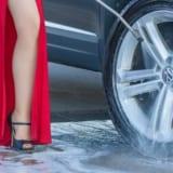 【初心者向け】女性でも簡単に出来る洗車方法やおすすめグッズまとめ