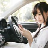 スマホをカーナビとして車内に固定する方法!おすすめ車専用ホルダー10選